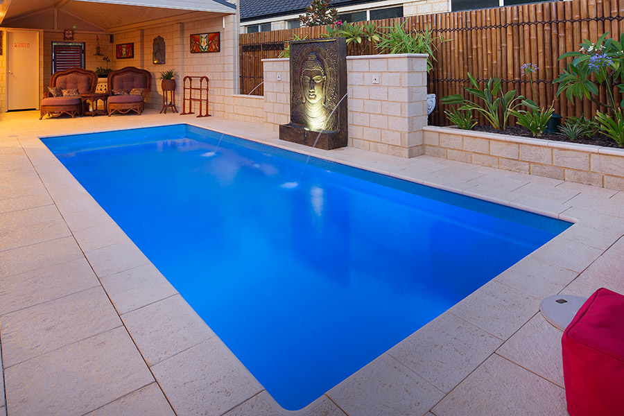 Harmony fibreglass swimming pool 7m x gary west pools for Swimmingpool 3m
