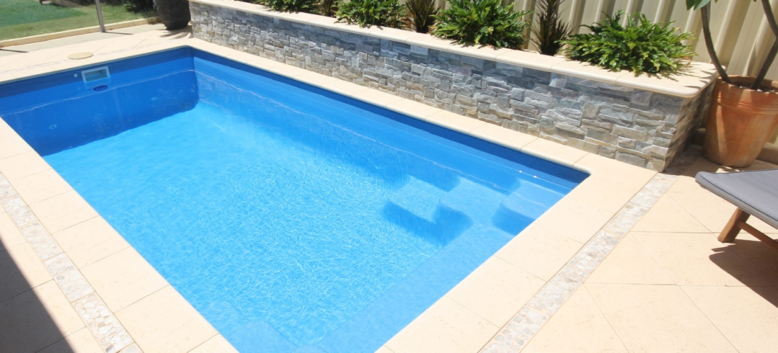 Allure fibreglass swimming pool 5m x gary west pools for Pool 3m rund
